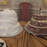 Black & White mit zwei Hochzeitstorten